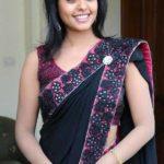 simple-girls-indian-sarees